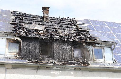 Photovoltaik-Anlage setzt Dach in Brand