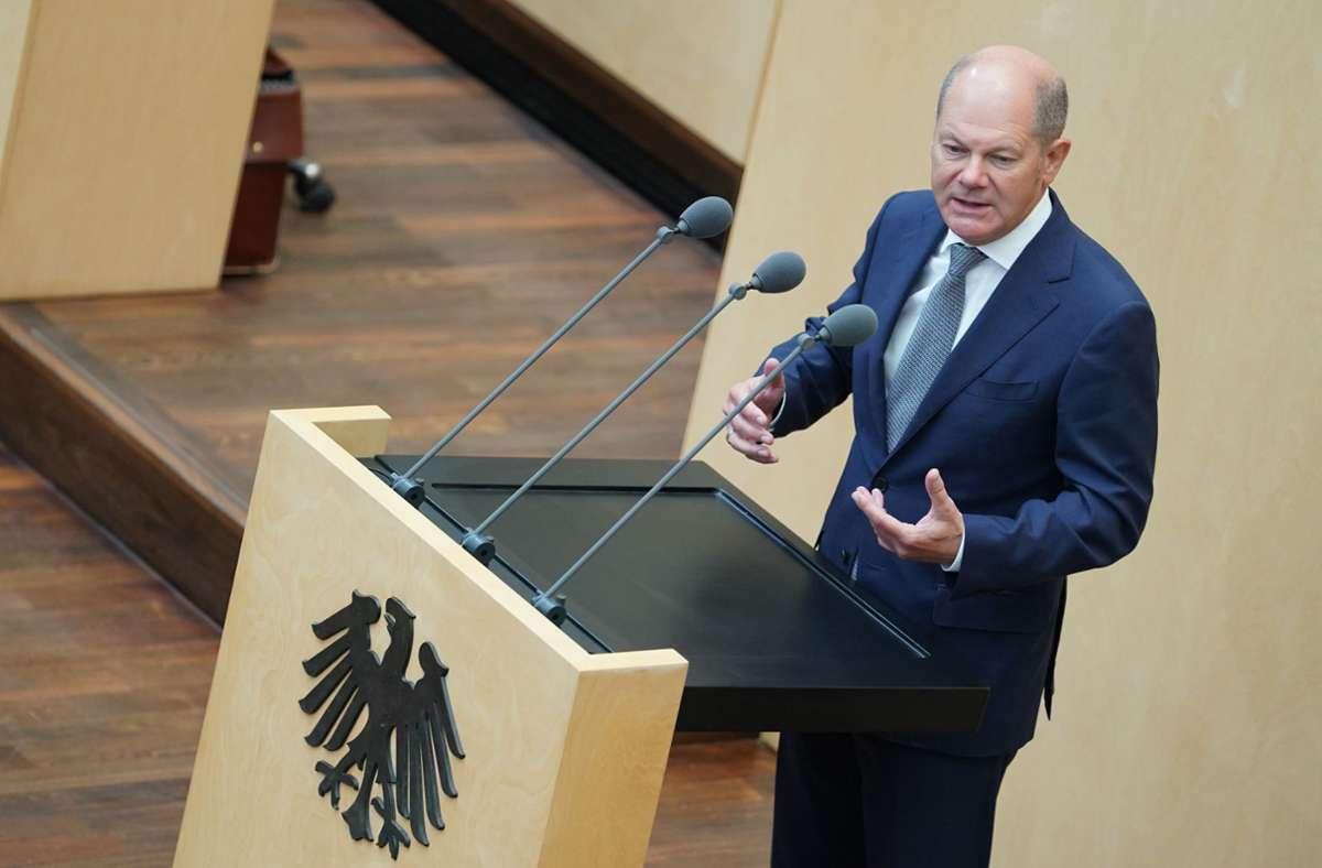 Finanzminister Olaf Scholz will im Bundeshaushalt 96 Milliarden Euro an neuen Schulden aufnehmen. Foto: dpa/Jörg Carstensen