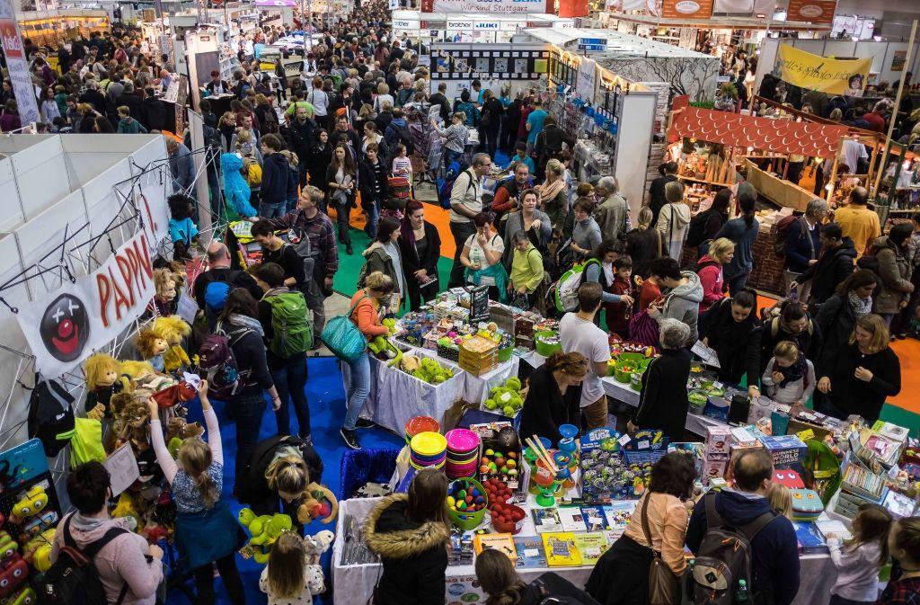 Buntes Treiben auf der Stuttgarter Herbstmesse: Bei den zwölf Ausstellungen der Stuttgarter Herbstmesse haben Aussteller Neuigkeiten aus allen möglichen kreativen Bereichen präsentiert. Foto: Lichtgut/Max Kovalenko