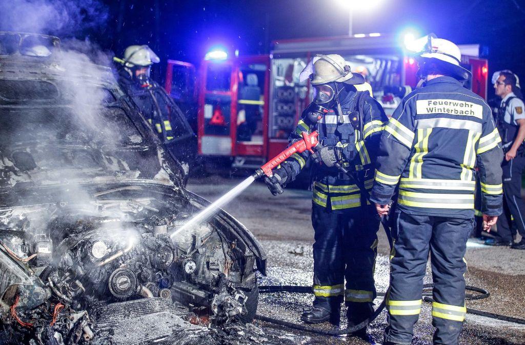 Der BMW wurde komplett zerstört.  Foto: 7aktuell.de/Simon Adomat