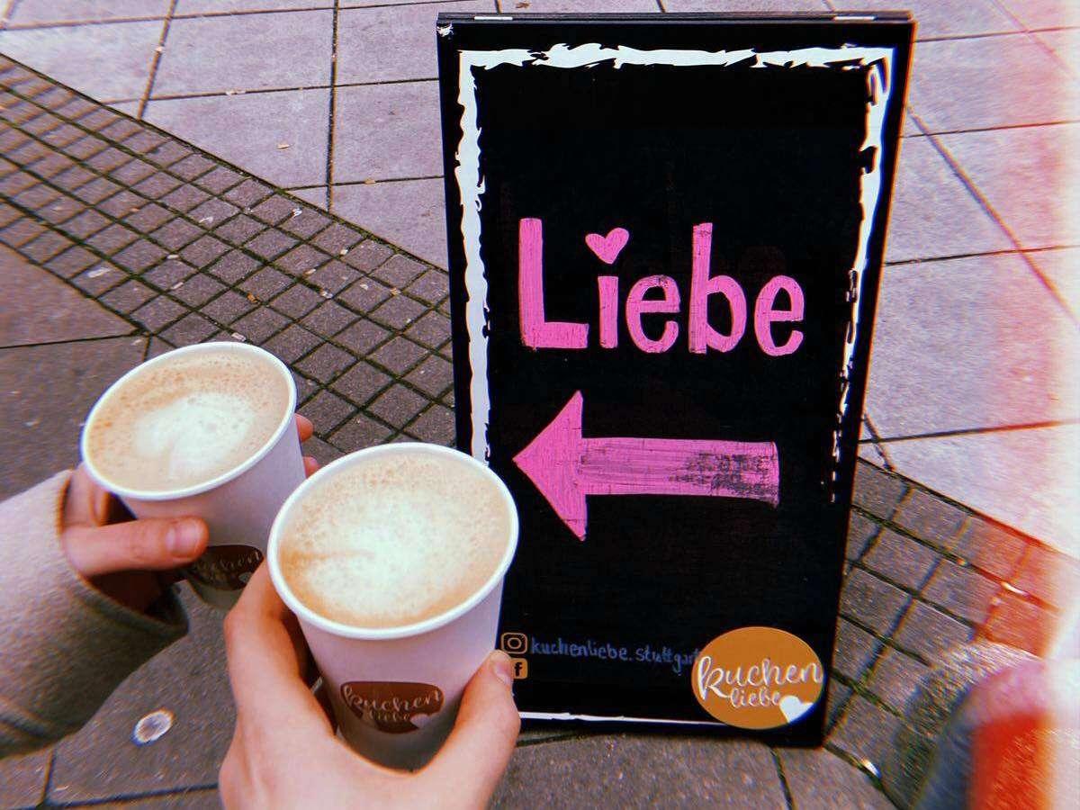 Eine kleine Rettung für viele von uns in dieser Zeit: Coffee to go! Foto: Stadtkind/Laura Müller-Sixer