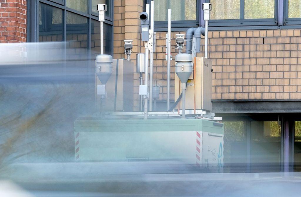 Die Feinstaubmessanlage am Neckartor in Stuttgart. Foto: dpa