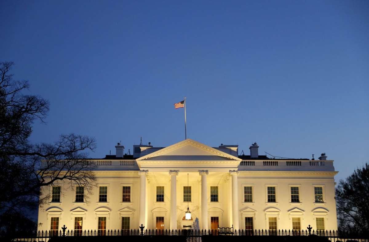 Das Weiße Haus in der Abenddämmerung. Foto: dpa/Jacquelyn Martin