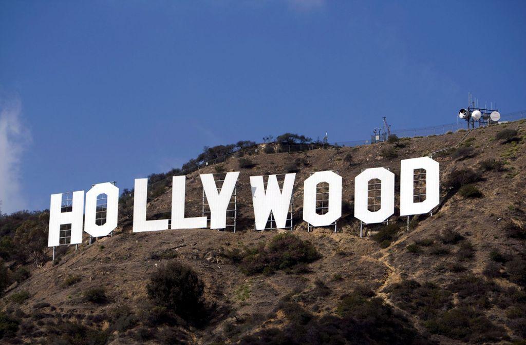 Unter den Hollywood Hills ist die gesamte Filmbranche der Stadt in Aufruhr. Foto: dpa/Andrew Gombert
