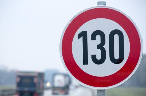 Grüne wollen Tempo 130 auf Autobahnen