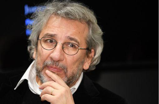 Journalist Can Dündar zu mehr als 27 Jahren Haft verurteilt