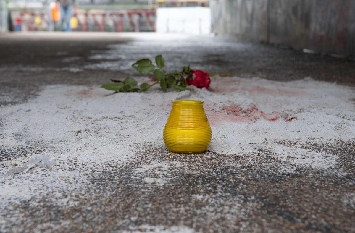 An dieser Stelle in Berlin wurde der 13-Jährige erstochen. Foto: dpa/Paul Zinken