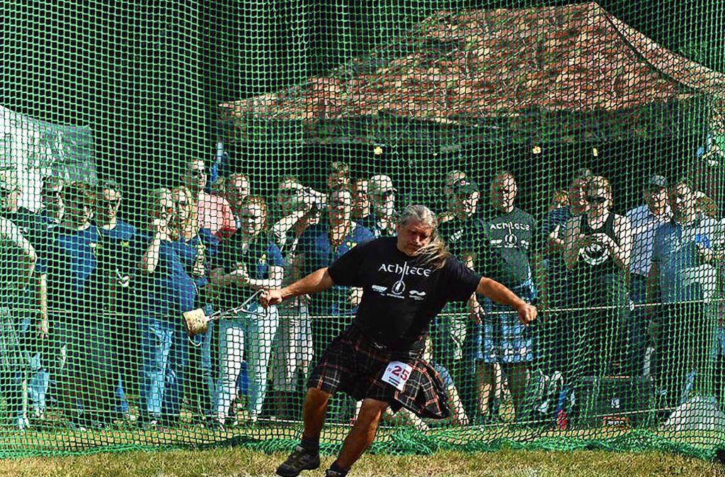 Bei den 5. Internationalen Highlandgames werden rund 100 Athleten in unterschiedlichen Disziplinen antreten. Verschiedene Wurfdisziplinen sind auch dabei. Foto: Veranstalter