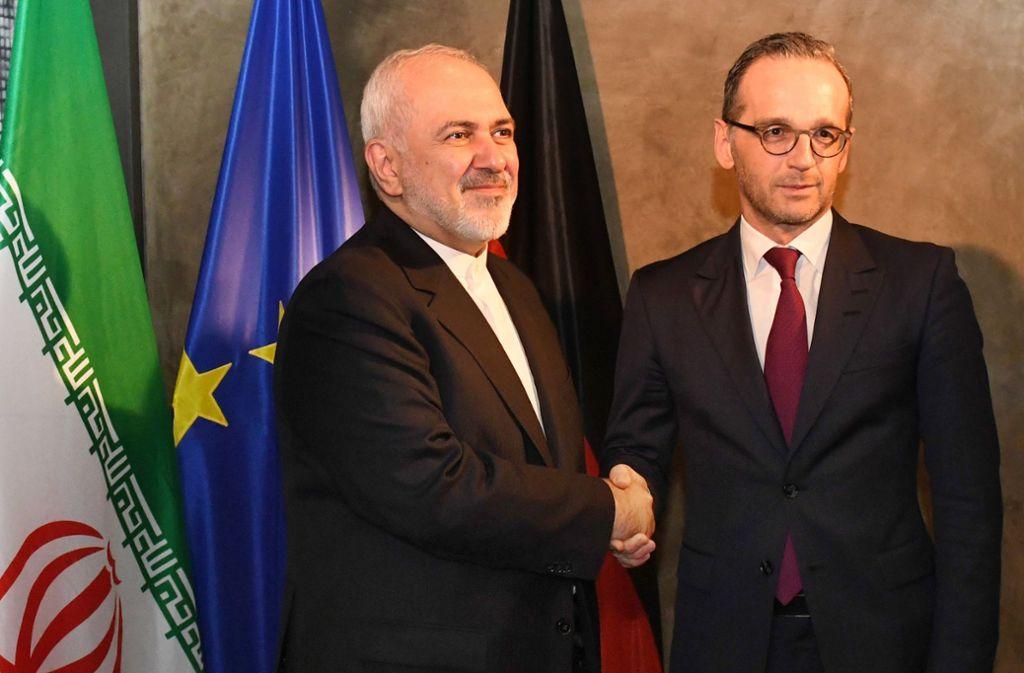 Irans Außenminister Dschawad Sarif (links) sucht in München den Schulterschluss mit seinem deutschen Amtskollegen Heiko Maas. Foto: dpa