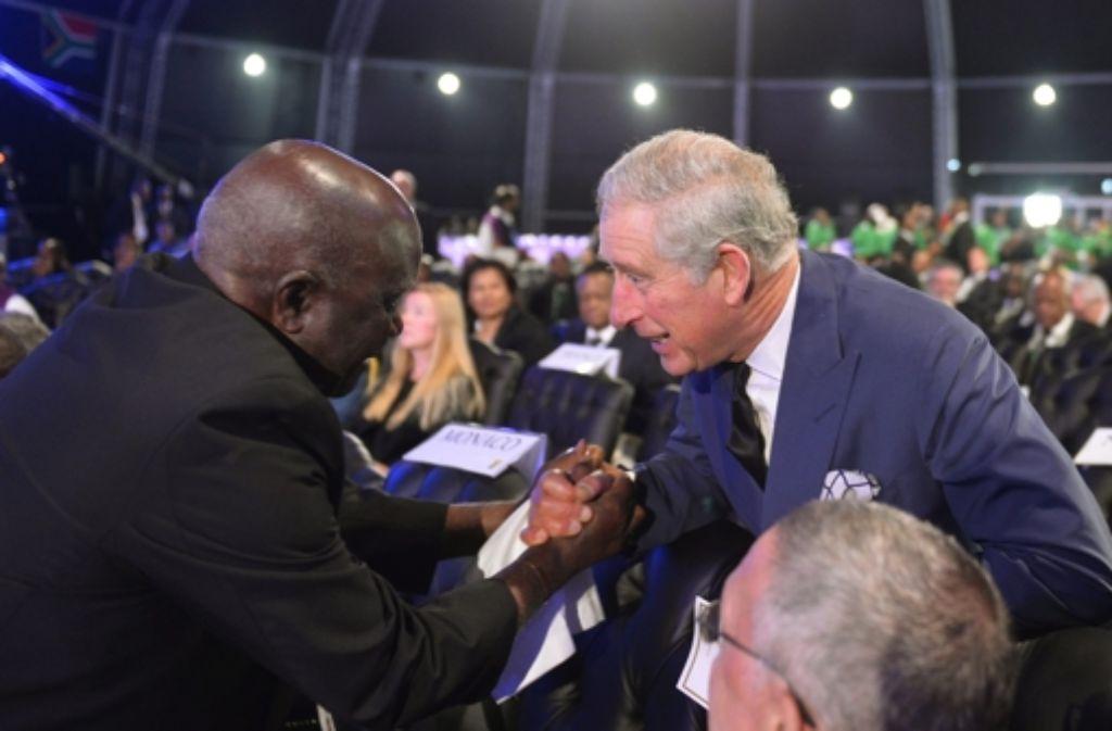 Auch der britische Prinz Charles nahm an der Trauerfeier für Nelson Mandela teil. Foto: dpa