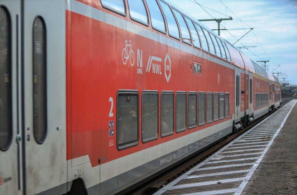 In einem Regionalexpress nach Nürnberg gab es eine handfeste Auseinandersetzung. (Symbolbild) Foto: imago images/Rüdiger Wölk
