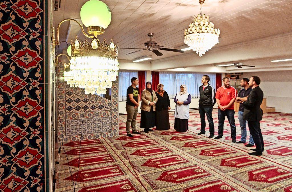 Fünfmal am Tag wird in der Moschee zum Gebet gerufen. Foto: factum/Bach