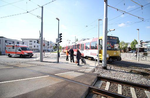 24-jährige Fußgängerin von Stadtbahn erfasst
