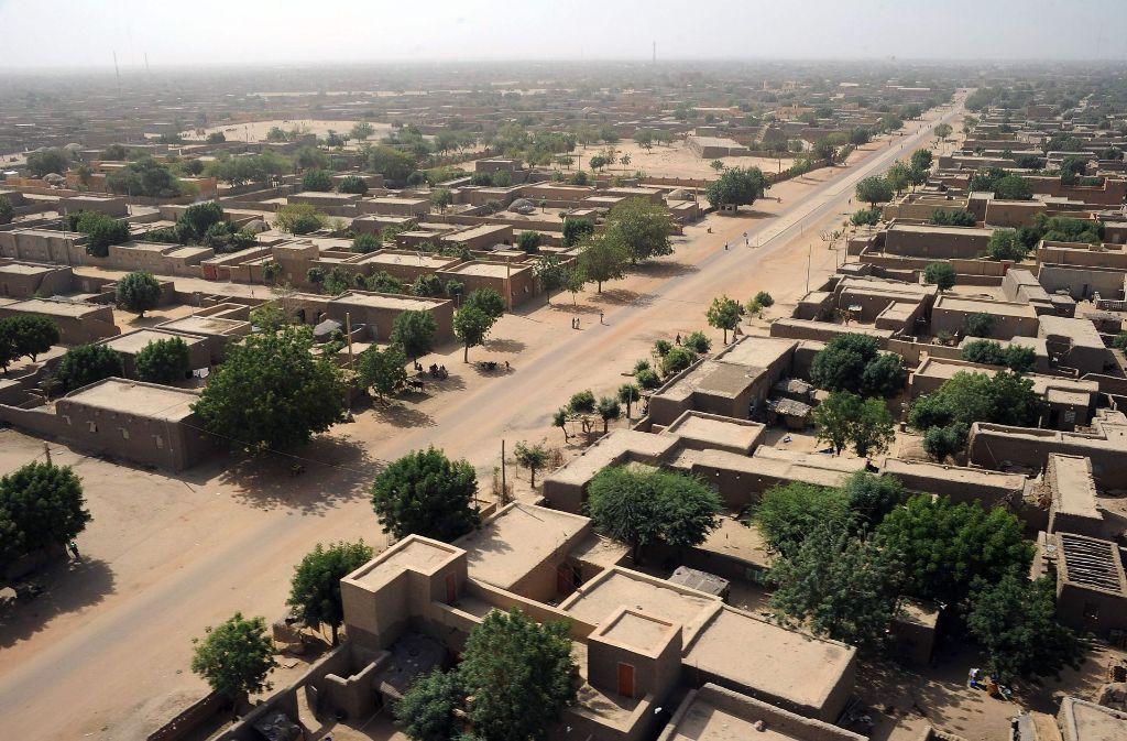 Die Stadt Gao im Norden Malis. In der Stadt hat es einen Anschlag mit zahlreichen Opfern gegeben. (Archivfoto) Foto: AFP