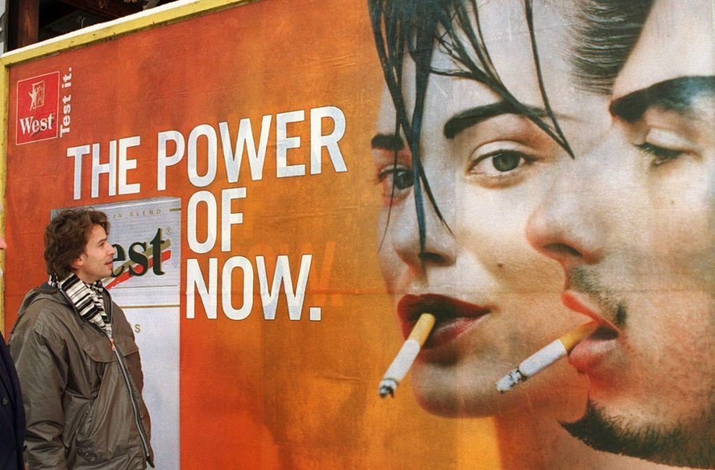 Lange blockierten die CDU-Wirtschaftspolitiker eine Verbot der Tabakaußenwerbung. Doch nun steht eine Entscheidung in der Fraktion an. Foto: dpa/Peter Kneffel