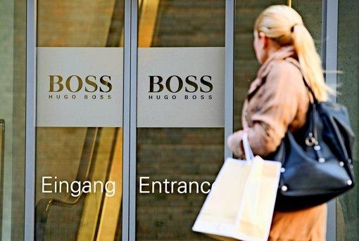 Hugo Boss wächst mit eigenen Läden