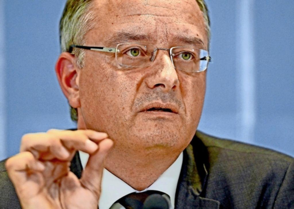 Kultusminister Andreas Stoch (SPD) sichert die Realschulen. Foto: dpa
