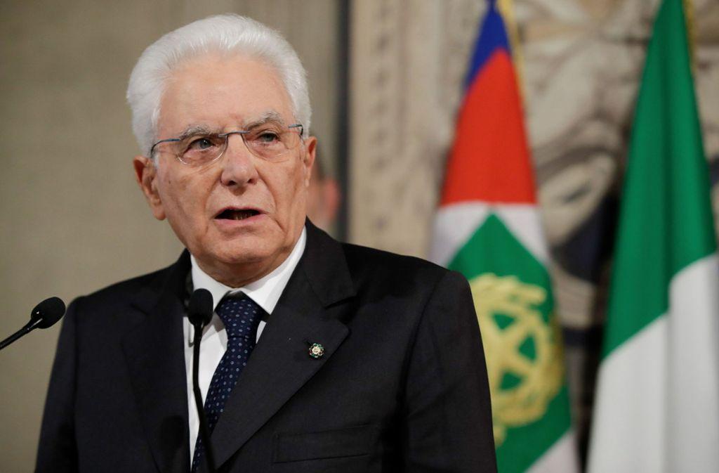 Sergio Mattarella will den Parteien mehr Zeit zum Verhandeln geben. Foto: dpa