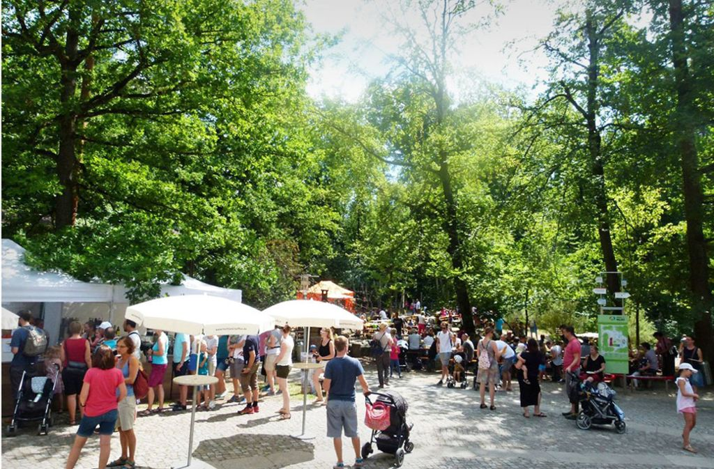 Nicht nur beim Fest zum 30. Geburtstag der Einrichtung  erfreut sich das Haus des Waldes großer Beliebtheit. Rund 40000 Besucher zählt es jährlich Foto: Veranstalter
