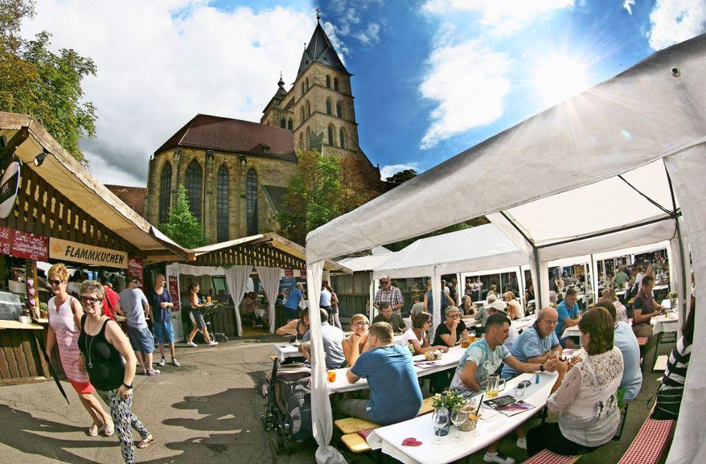 Vom 3. bis zum 13. August soll das Zwiebelfest zum drittletzten Mal in privatwirtschaftlicher Verantwortung  stattfinden. Dann will die Stadt das Fest übernehmen. Foto: Horst Rudel