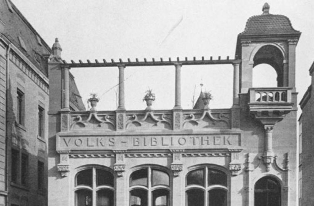 Das erste Haus für alle Stuttgarter Bücherfreunde: die Volksbibliothek in der Silberburgstraße ist 1901 eröffnet worden.  Foto: Stadtarchiv
