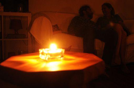 Falscher Elektriker nimmt Ehepaar aus