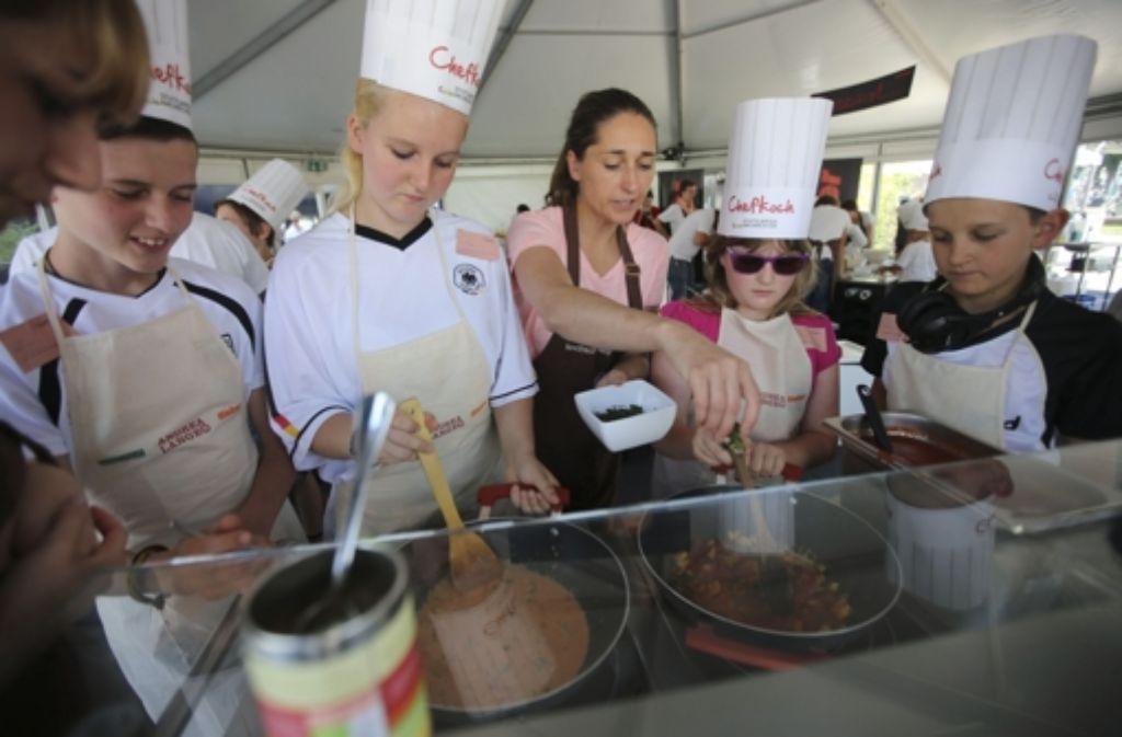 Auch das Kochstudio der  Stuttgarter Zeitung ist beim Kinder- und Jugendfestival am 18. und 19. Juli wieder am Start. Foto: Michael Steinert