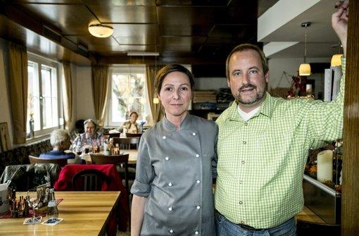 Bei Iris und Heiko Laber im Gasthaus zum Uhlberg kommen Klassiker auf den Wirtshaustisch. Foto: Horst Rudel