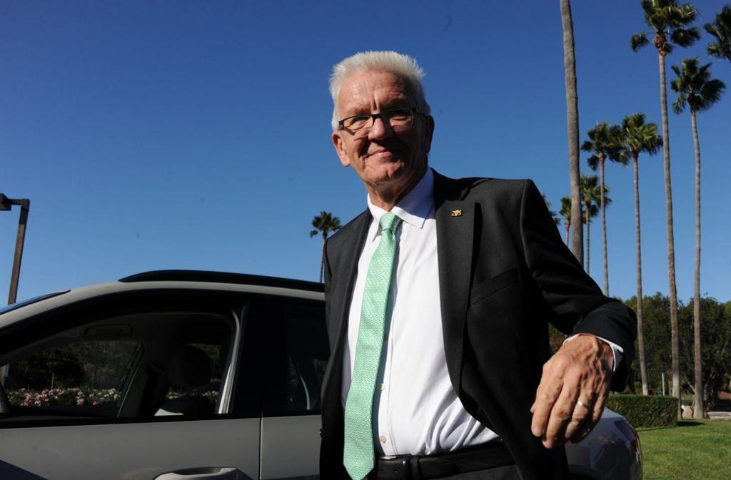 Ministerpräsident Winfried Kretschmann informiert sich in Nordamerika über aktuelle Entwicklungen und Trends in Sachen Elektromobilität. Foto: dpa