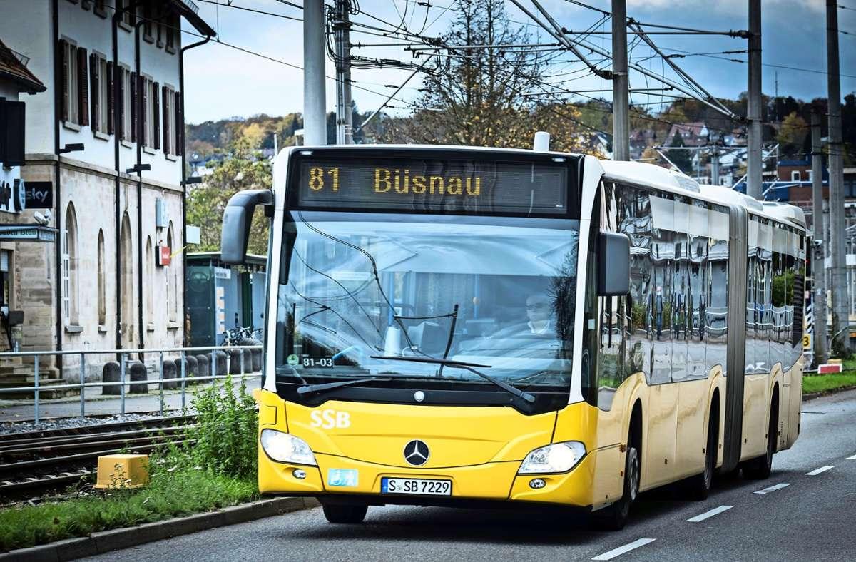 Nach der Ansicht von Gerhard Wick und Reinhard König sollen umweltfreundliche Busse   die Vaihinger Mitte mit dem Westen des Stadtbezirks verbinden Foto: Lichtgut/Achim Zweygarth