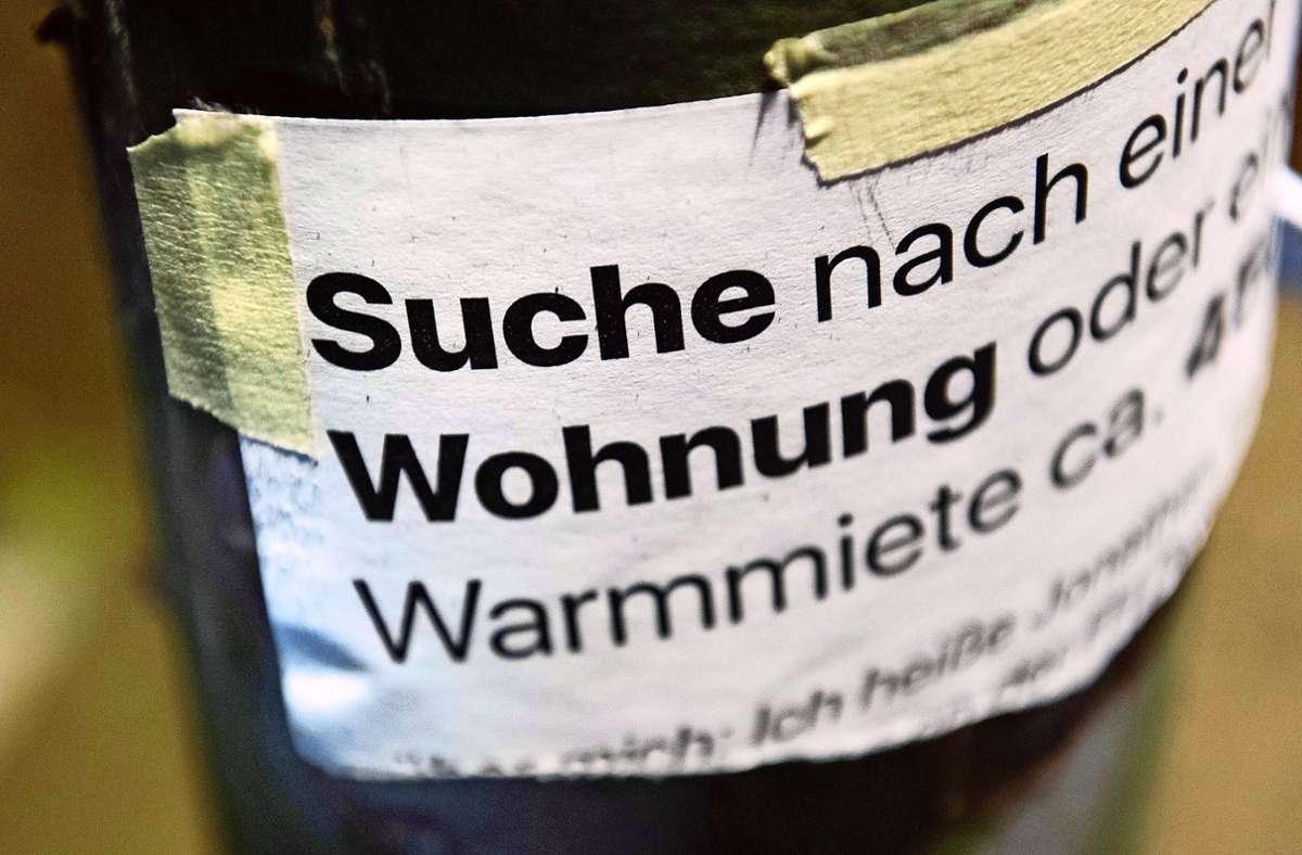 Der Druck ist in Stuttgart immens: Auf der städtischen Vormerkliste für eine Sozialwohnung insgesamt etwa 4600 Familien. Foto: dpa/Paul Zinken