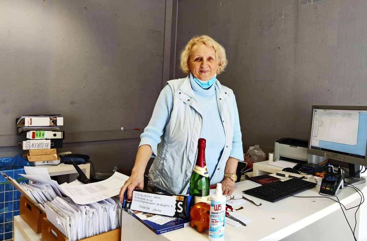 Stefka Panagiotidou  muss ihren Otto-Shop schließen. Foto: Kathrin Wesely