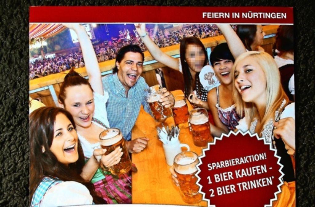 Mit diesem Plakat wird für eine Party am Nürtinger Maientag geworben. Foto: Horst Rudel