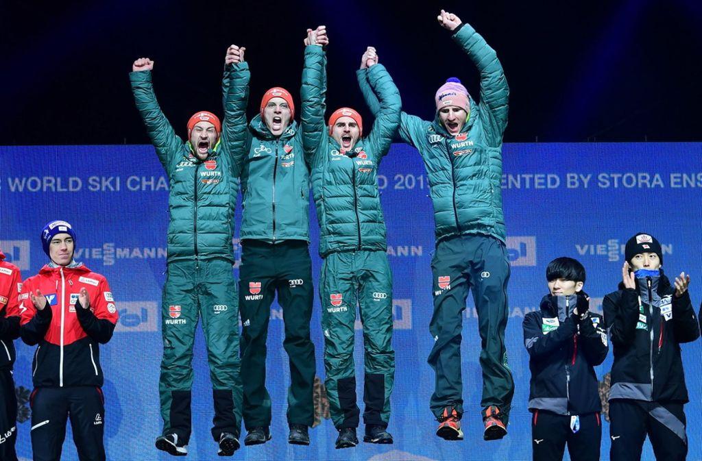 Die deutschen Skispringer feiern – andere Stars hatten dazu noch keine Gelegenheit. Foto: dpa