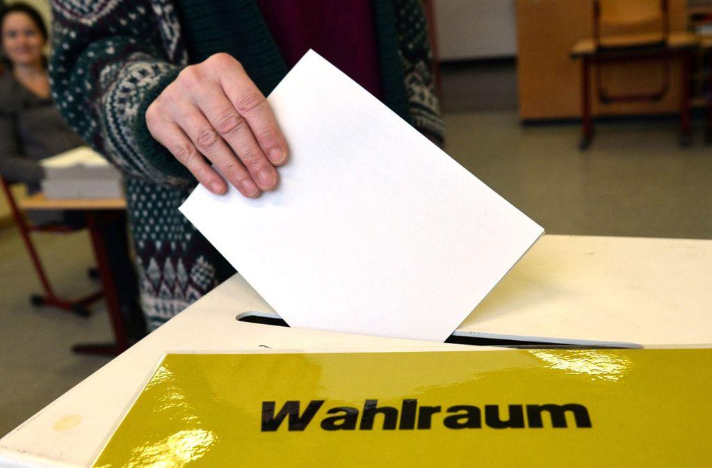 Bei Landtagswahlen in Baden-Württemberg haben die Wähler nur eine Stimme. Der frühere Finanzminister Willi Stächele will das ändern. Foto: dpa