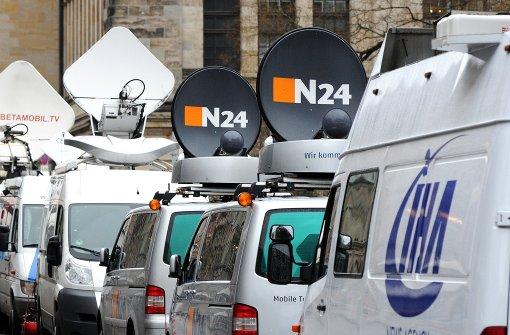 Übertragungswagen von N24 stehen am Gendarmenmarkt in Berlin. (Archivfoto) Foto: dpa