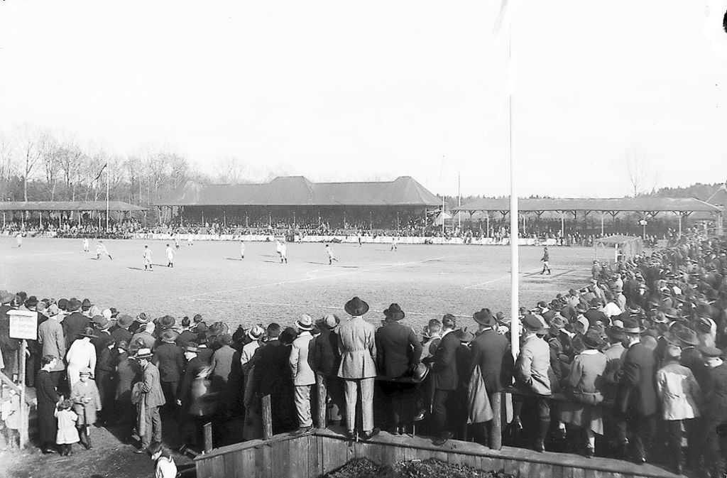 1899 gründeten sich die Stuttgarter Kickers. 1903 verwandelte der Verein einen Acker in Degerloch in einen Fußballplatz, zuvor spielte man unter anderem im Stöckach. Foto: privat