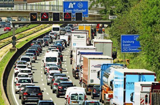Autoverkehr verursacht riesige Folgekosten