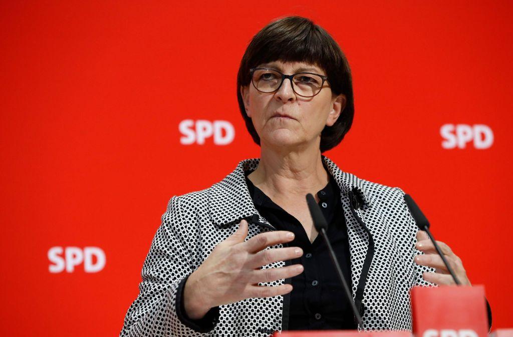Auf einer Pressekonferenz im Berliner Willy-Brandt-Haus nahm Saskia Esken am Montag Stellung zu den Vorwürfen. Foto: AFP/ODD ANDERSEN