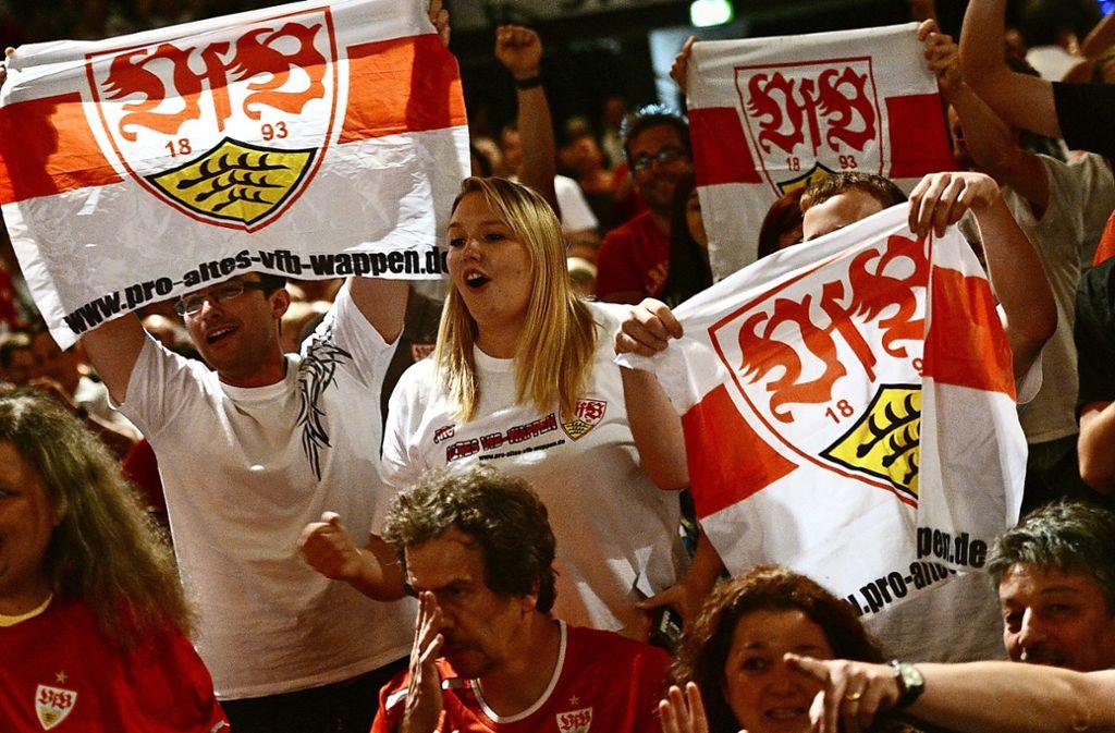Viel zu Jubeln hatten die VfB-Fans am vergangenen Sonntag nicht. Viele erhoffen sich von einem neuen Präsidenten neue Impulse für den Verein. Foto: dpa/Franziska Kraufmann
