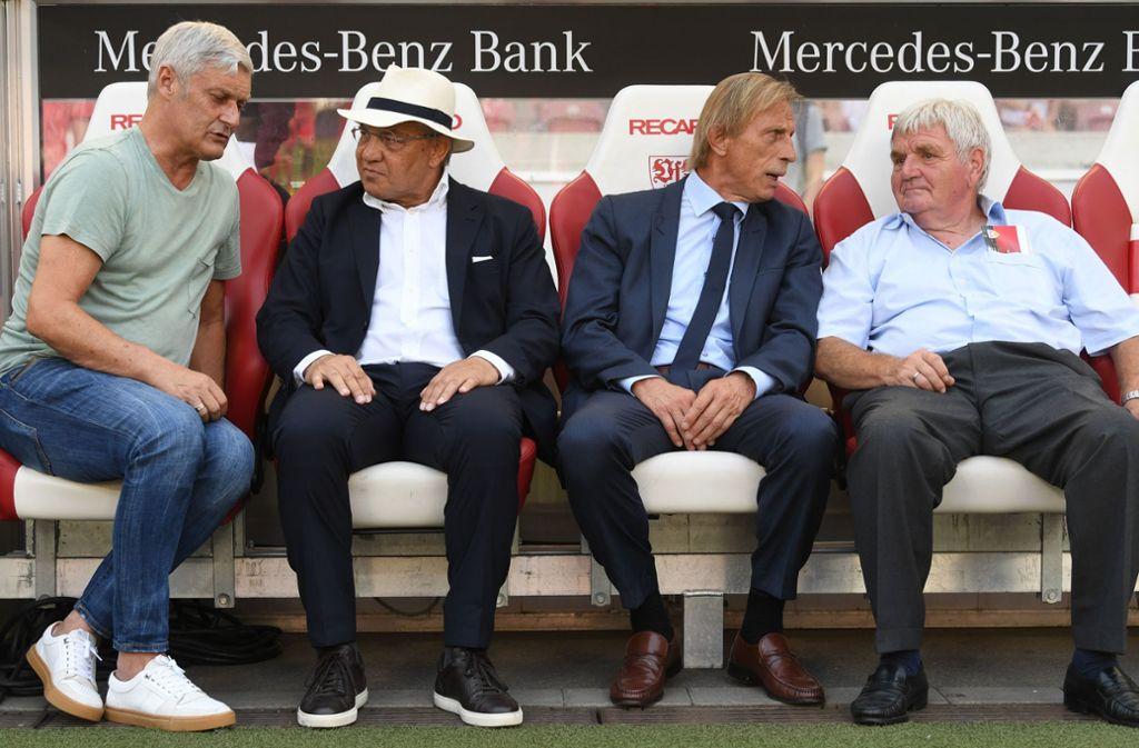 Ehemalige VfB-Trainer unter sich: Armin Veh, Felix Magath, Christoph Daum und Jürgen Sundermann (von links). Foto: dpa