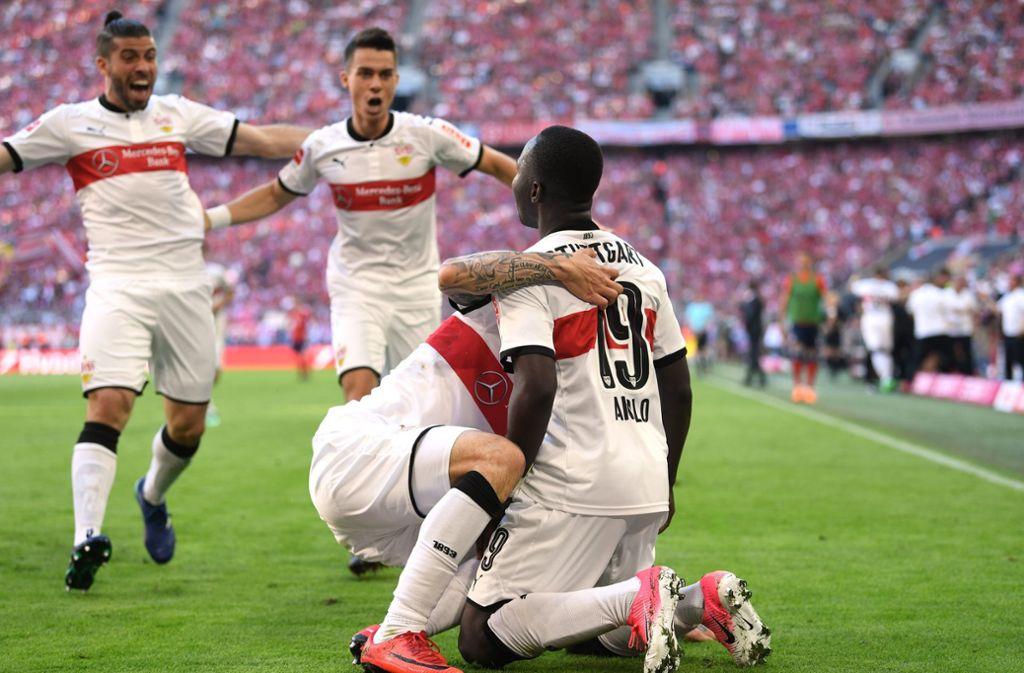 Der VfB Stuttgart will auch in der ersten Runde des DFB-Pokals wieder jubeln. (Wie hier in München beim überraschenden Auswärtssieg). Foto: dpa