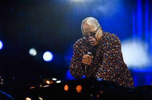 Musikerlegende Quincy Jones wurde mit  Ovationen begrüßt. Foto: Opus/Reiner Pfisterer