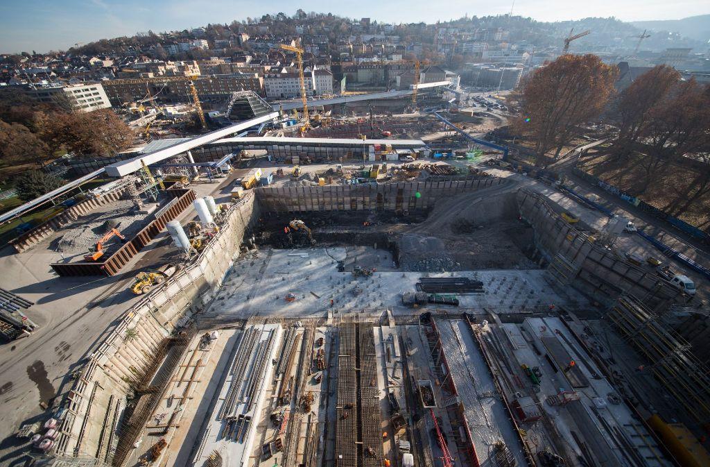 Die Großbaustelle für das Bahnprojekt Stuttgart 21 in der Innenstadt. Foto: dpa