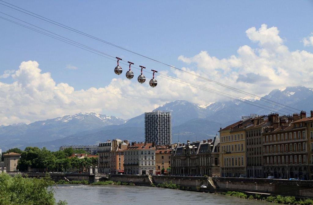 In Grenoble gibt's eine Seilbahn. Foto: pixabay