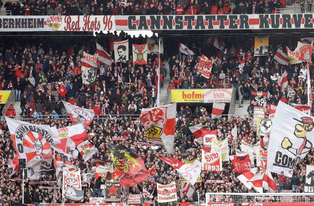 Karten für die kommenden Heimspiele (wie beispielsweise gegen den Karlsruher SC) sind beim VfB Stuttgart begehrt. Foto: Pressefoto Baumann