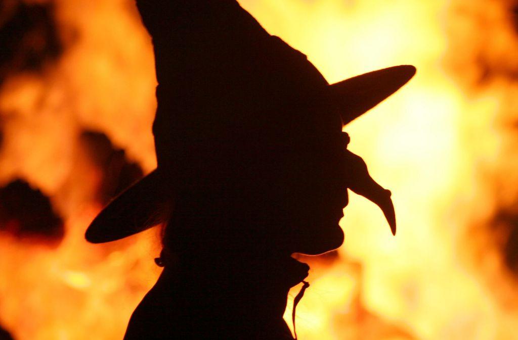 Hexen, Geister und verwunschene Seelen faszinieren viele Menschen. An manchen Orten soll es – so die Legende – von ihnen geradezu wimmeln. Foto: dpa