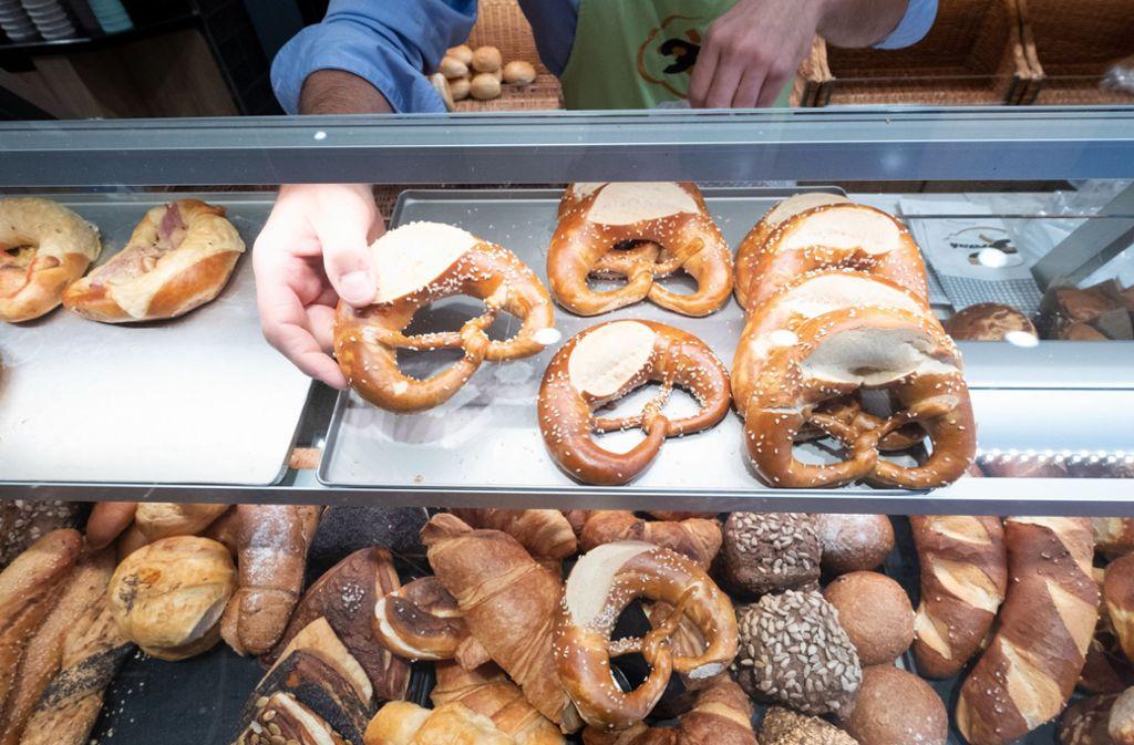 Bäckereien dürfen auch am Sonntag lange öffnen. Foto: dpa/Bernd Weissbrod