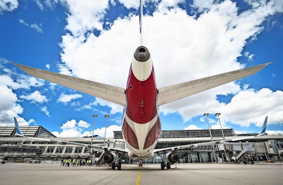 Wegen der Corona-Pandemie starten derzeit weniger Flugzeuge als sonst vom Stuttgarter Airport – mit Auswirkungen auch auf den Shuttle-Service. Foto: Lichtgut/Ferdinando Iannone