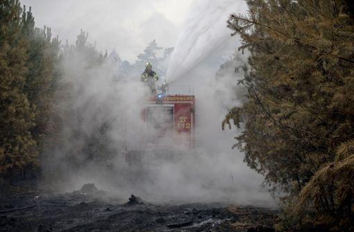 Riesiger Waldbrand unter Kontrolle